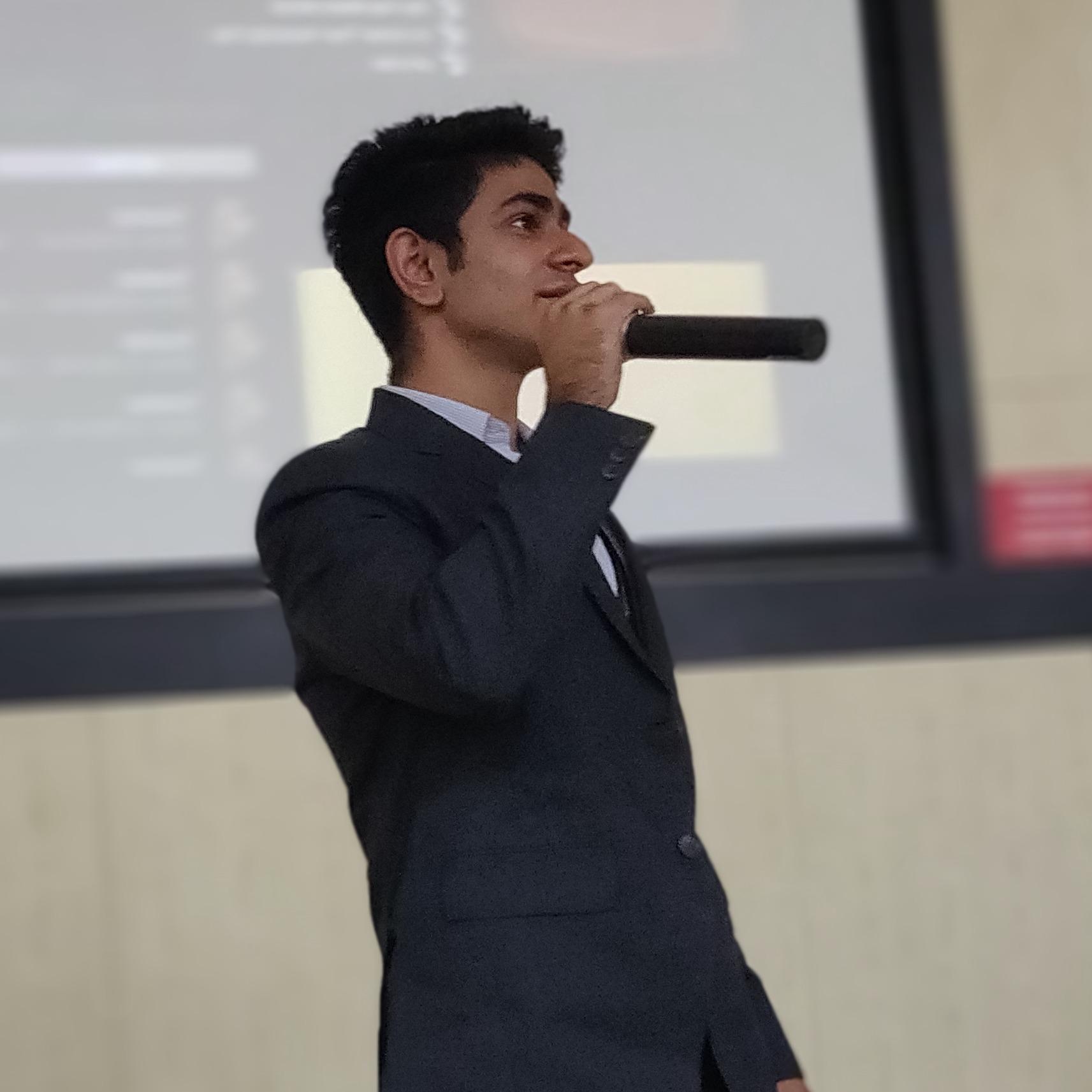 Madhav Bahl's avatar